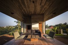 Studio Dwelling at Rajagiriya,Courtesy of Palinda Kannangara Architects