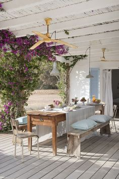 Dreamy Country Home in Formentera, Spain (House of Turquoise) Outdoor Dining, Outdoor Tables, Outdoor Spaces, Outdoor Decor, Dining Room Design, Patio Design, Dining Area, Dining Rooms, Design Design