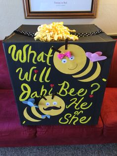 """""""What will it bee"""" gender reveal box"""