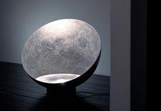 Luna nel pozzo by Enzo Catellani