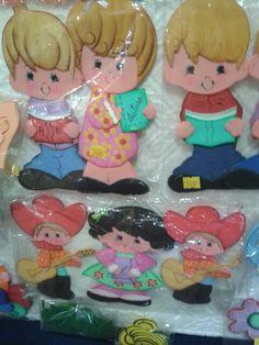 Muñecos en foami para carpetas