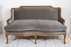 1stdibs.com | Louis XV Style Settee / Canape in Grey Velvet
