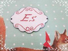 """Süßes kleines Emaille-Schild """"ES"""" im Shabby Chic von Shabby Chic & Co. auf DaWanda.com"""