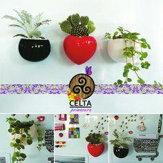 Linnha Gold ímãs de geladeira. Planter Pots, Refrigerator Magnets, Gifts, Celtic, Spring