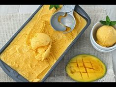 ¿Cómo hacer un helado de mango sin azúcar? Frozen Yoghurt, Homemade Mango Ice Cream, Vegan Ice Cream, Frozen Desserts, Frozen Treats, Parfait, Cooking Ice Cream, Sorbet Ice Cream, Vegetarian