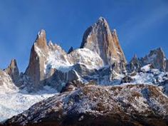 Monte Fitz Roy is a mountain located near El Chaltén village, in the Southern Patagonian Ice Field in Patagonia, on the border between Argentina and Chile. Chili, Backgrounds Wallpapers, Destinations, Iguazu Falls, In Patagonia, Argentine, Largest Countries, Best Hikes, Travel And Tourism