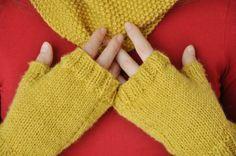 scaldacollo e guanti a maglia