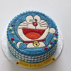 healthy banana mug cake Cartoon Birthday Cake, Boys 1st Birthday Cake, Cake Images, Cake Pictures, Doraemon Cake, Cake Designs For Boy, Banana Mug Cake, Buttercream Flower Cake, Decadent Cakes