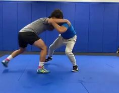 Mma Workout, Gym Workout Tips, Boxing Workout, Self Defense Moves, Self Defense Martial Arts, Jiu Jitsu Training, Mma Training, Martial Arts Styles, Martial Arts Techniques