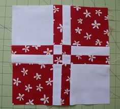 Best Patchwork Quilt White Nine Patch 59 Ideas Quilting Tutorials, Quilting Projects, Quilting Designs, Quilting Tips, Cute Quilts, Easy Quilts, Quilt Blocks Easy, Quilt Baby, Nine Patch