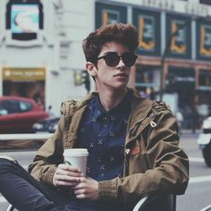 Find images and videos about boy, handsome and manu rios on We Heart It - the app to get lost in what you love. Beautiful Boys, Pretty Boys, Cute Boys, Beautiful Images, Manu Rios Fernandez, Teen Boy Fashion, Outfits Hombre, Foto Casual, Men Photoshoot