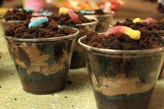 Gummy worm dirt cake