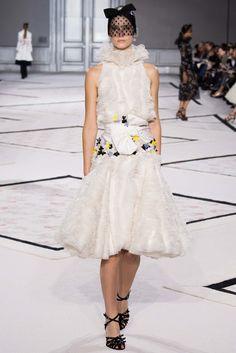 Giambattista Valli - Spring 2015 Couture - Look 20 of 47