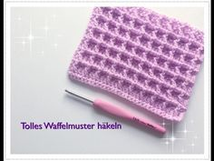 This video demontrates how to croche tthe Split Single Crochet Stitch (ssc) using US crochet terminology. This stitch produces a stockinette (knit) like stit. Crochet Simple, Crochet Diy, Crochet Amigurumi, Tutorial Crochet, Crochet Potholders, Crochet Squares, Crochet Granny, Crochet Dollies, Knitting Stitches