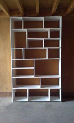 Home Room Design, Home Office Design, Interior Design Kitchen, Beach Furniture Decor, Wood Pallet Furniture, Modern Bookcase, Bookshelves Built In, Bookcase White, Creative Bookshelves
