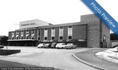 Bromsgrove, the Swimming Pool c1965