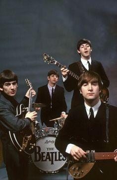 na-he-ya-ho:The Beatles, February 1964. Photo by John G. Zimmerman.