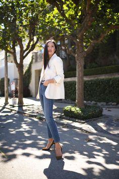 Blazer & Jeans – 9to5chic White Blazer Outfits, White Blazers, Denim Heels, Blazer With Jeans, Fall Jeans, 2020 Fashion Trends, Denim Fashion, Stylish Outfits, Spring Outfits