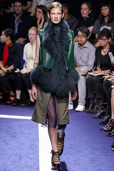 Sacai Spring 2015 Ready-to-Wear - Collection - Gallery - Look 31 - Style.com