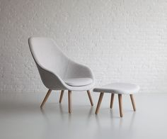 Possible chair option? About a lounge chair by HAY. Interior Work, Interior Design, Home Furniture, Furniture Design, Soft Seating, Contract Furniture, Occasional Chairs, Soft Furnishings, Home And Living