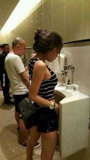 Heboh,, design Cantik Indonesia Disorientasi Masuk Toilet Pria - https://twitter.com/hits_berita/status/698111036956606464