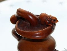 Japanese Boxwood Netsuke Mouse On Mushroom Toadstool Ornament Pendant c1940s…