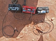 Typical setup for a welder using automobile batteries Battery Logo, Battery Clamp, Arc Welders, Automobile, Welding Training, Welding Helmet, Metal Welding, Lead Acid Battery, Tool Kit
