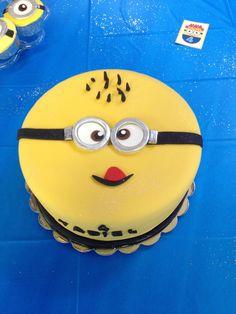 Cake at a Despicable Me Party #despicableme #partycake
