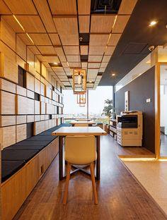 Prikarsa Office / Delution architect
