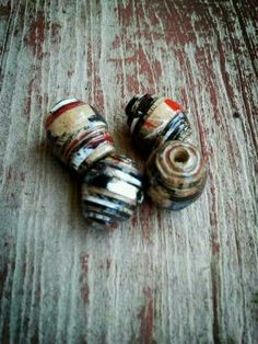 i made these too:) paperbeads paper beads upcycled paper crafts DIY beads