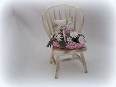 Dollhouse miniature Pink basket of White Daisies by MiniAbuela,