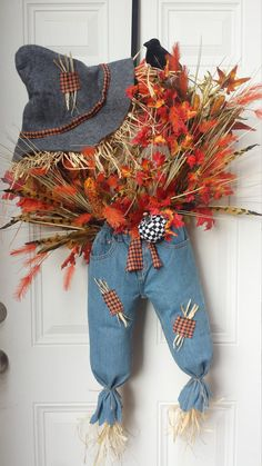 scarecrow for wreath - Yahoo Image Search Results Diy Wreath, Door Wreaths, Wreath Making, Burlap Wreath, Scarecrow Wreath, Fall Scarecrows, Christmas Lanterns, Christmas Ideas, Autumn Decorating