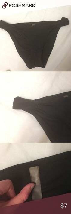 Victoria's Secret black swim bottoms sz M Black bottoms sz medium Victoria's Secret Swim Bikinis
