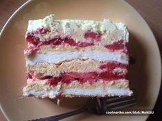 Najbolji kolač sa jagodama ~ Recepti za brza i jednostavna jela Torte Recepti, Kolaci I Torte, Sweet Desserts, Sweet Recipes, Delicious Desserts, Brze Torte, Baking Recipes, Dessert Recipes, Cookie Recipes