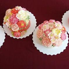 Не успела опомнится, как закончился мк в Иркутске....Сегодня у нас были свежие, розовые тона...Тортики девочек получились очень нежные и воздушные, а цветы очень красивые и натуральные..Девочки супер.. #мкиркутск #кремторт #тортдекор #курсыкрем #белковыйкрем #креммокроебезе #масленыйкрем  #елецкаянаталья #тортыназаказ #тортывазиатскомстиле #тортывкорейскойтехнике #тортынасвадьбу #лучшиекурсыпокрему #курсыкрасноярск #курсыелецкойпокрему #красивыеторты #необыкновенные_цветы #кремовыецветы…