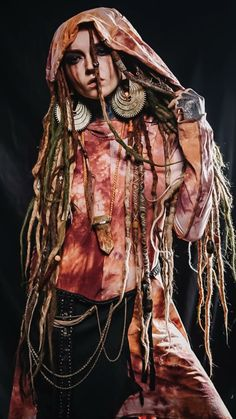 Red Dreads, Dreadlocks Girl, Dark Fashion, Gothic Fashion, Pagan Halloween, Wow Video, Dreadlock Accessories, Dreadlock Hairstyles, Fantasy Girl