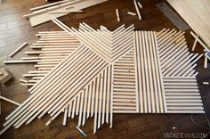 Cottage Home Interior DIY Square Dowel Art - Vintage Revivals.Cottage Home Interior DIY Square Dowel Art - Vintage Revivals Diy Home Decor Projects, Wood Projects, Decor Ideas, Decor Diy, Art Ideas, Diy Wall Decorations, Room Ideas, Diy Tisch, Diy Interior