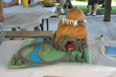 Thomas the train mountain birthday cake