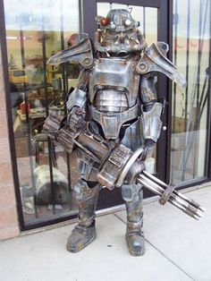 The 20 Most Badass Video Game Cosplay Costumes Ever Fallout 3 Steel Brotherhood. Fallout 3, Fallout Cosplay, Video Game Cosplay, Epic Cosplay, Amazing Cosplay, Cosplay Armor, Cosplay Ideas, Anime Cosplay, Cool Costumes