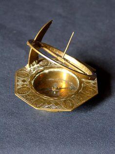 Antique for sale Equinoctial sundial Augsburg type by Lorenz Grassl Sundial Clock Timepiece Decorative art