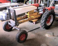 The Little Tractor Co. specializes in custom hand made half scale tractors. Yard Tractors, Small Tractors, Tractor Mower, Welding Projects, Diy Projects, Go Kart Kits, Cub Cadet Tractors, Garden Tractor Pulling, Vintage Tractors