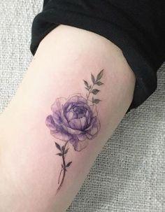 Tattoo artist: @tattooist_flower