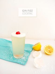 Gin Fizz Cocktail from Freutcake  Read more - http://www.stylemepretty.com/living/2013/08/16/gin-fizz-cocktail-from-freutcake/