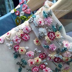 @maisonvalentino details embroidery