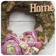 Nonza ajtódíszek – NONZA Virágdekoráció Floral Wreath, Spring, Wreaths, Inspiration, Home Decor, Biblical Inspiration, Floral Crown, Decoration Home, Door Wreaths