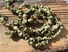 Для украшений ручной работы. Ярмарка Мастеров - ручная работа. Купить Яшма Риолит 40 см крошка каменная бусины камни для украшений. Handmade.