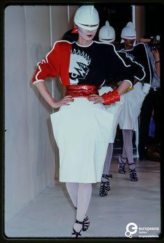 Fashion show Kansai Yamamoto spring / summer 1980
