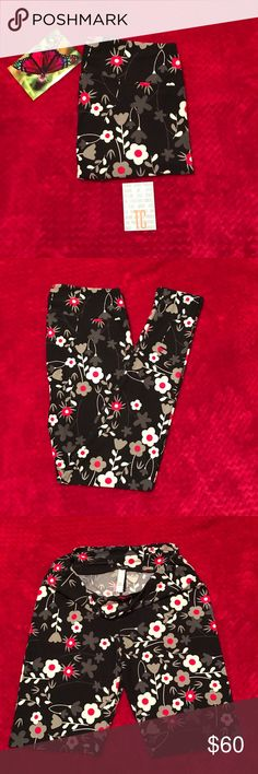 LuLaRoe TC Leggings LuLaRoe TC 🦄 Leggings.  NWT. Brand new. Never worn. Fits sizes 12 - 24. Highly sought after 🦄 print.  I am not a consultant. I ❤ LuLaRoe and I enjoy searching for great prints. My price reflects my time and money spent to purchase them.  I don't trade. I do bundle. If you don't like the price, you're welcome to make an offer.  Happy searching for your 🦄 LuLaRoe Pants Leggings