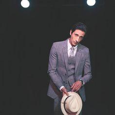 THE FASHIONISTO: Adrien Brody Covers Manhattan Magazine http://www.fashion.net/today/