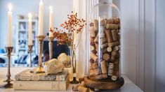 Pop the bottles of wine, but save the corks to create these fun wine cork crafts. These easy DIYs make for great gifts or home decor items to keep. Recycled Wine Corks, Recycled Bottles, Creative Crafts, Easy Crafts, Easy Diy, Fall Home Decor, Home Decor Items, Mickey Mouse Clubhouse Birthday Party, Wine Cork Crafts